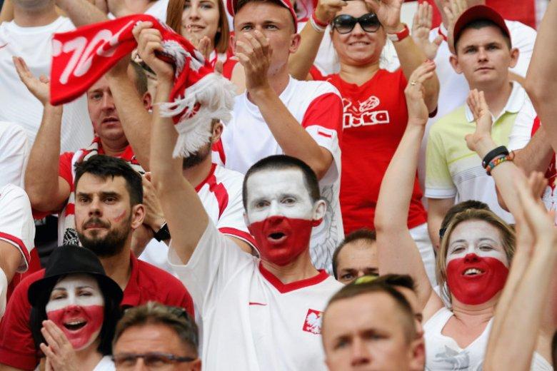 ''Na dobre i na złe'' – z takiego wsparcia dla własnej narodowej drużyny słyną w środowisku kibicowskim Polacy•Materiały prasowe