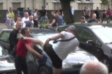Policja z Podlasia zatrzymała mężczyznę, który miał pobić nastolatka podczas Marszu Równości w Białymstoku.