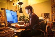Z badań Eurostatu wynika, że Polacy mają wyraźne trudności z obsługą komputerów.