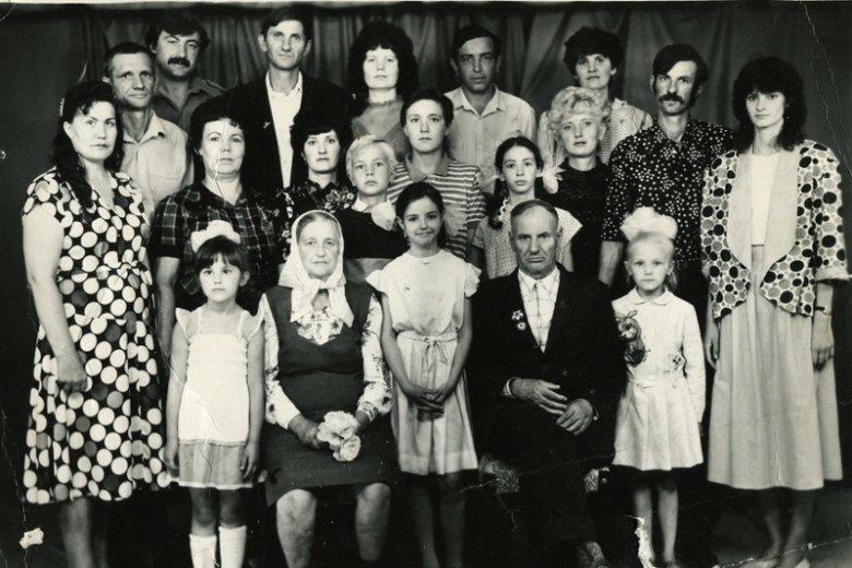 W Polsce wiele osób poszukuje członków swoich rodzin.