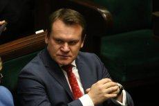 Sąd Apelacyjny w Krakowie zdecydował, że Dominik Tarczyński będzie musiał przeprosić Bogdana Wentę.