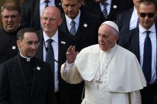 Papież Franciszek kwestionuje słowa Jana Pawła II?
