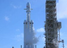 Rakieta Falcon Heavy daje ludzkości nowe możliwości eksploracji kosmosu.