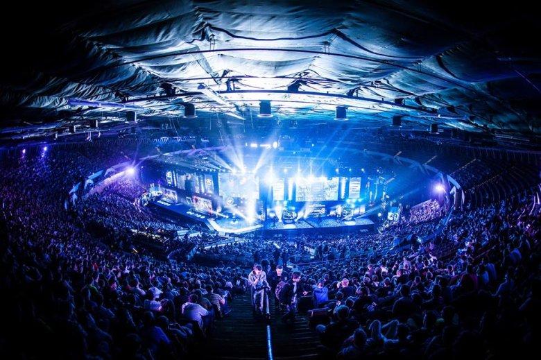 Katowicki Spodek podczas światowych finałów Intel Extreme Masters w 2014 roku.