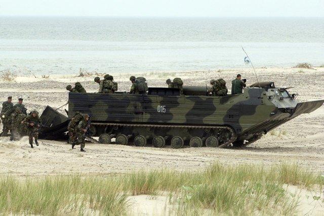 Czy NATO ruszy na pomoc państwom bałtyckim? Donald Trump się zastanowi. A czy ruszy na pomoc Polsce?