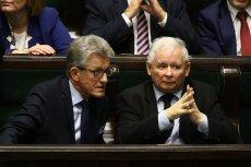 """Jarosław Kaczyński w """"Gazecie Polskiej"""" bronił przeszłości Stanisława Piotrowicza."""
