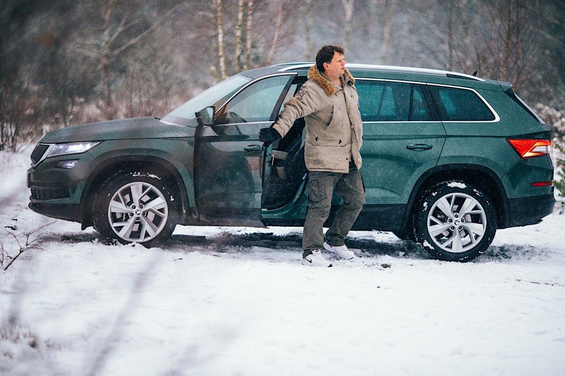 Skoda Kodiaq 2,0 TDI SCR 190KM choć nie jest autem terenowym, to nie boi się leśnych wertepów nawet wówczas, gdy spadnie pierwszy śnieg.