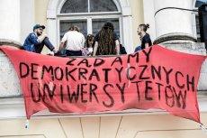 Protesty przeciwko ustawie Gowina miały miejsce w Warszawie oraz Białymstoku.