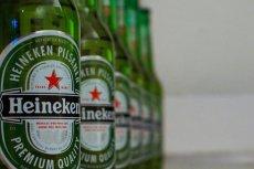 Rosyjska partia komunistyczna apeluje do Putina, by chronił narodowe symbole, w tym czerwoną gwiazdę - którą wykorzystuje m.in. Heineken.