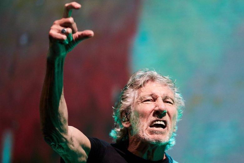Roger Waters nie stroni od tematów politycznych. Podczas trasy koncertowej w Polsce zachęca ludzi, żeby walczyć o demokrację i wolne sądy.
