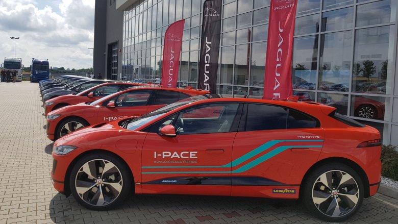 I-Pace,  najnowsze dziecko Jaguara ma wytyczyć nowe standardy w klasie samochodów elektrycznych.