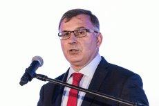 Zbigniew Jagiełło, prezes banku PKO BP, otrzymał 800 tys. zł za brak urlopu.