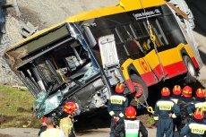 Prokuratura bada sprawę wypadku autobusu linii 186 w Warszawie.