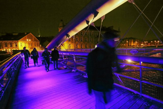 20 tys. budynków w Polsce będzie podświetlonych na niebiesko.