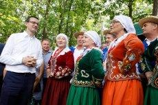 Zespół Zloty Potok z Jelnej zaśpiewał dla premiera Morawieckiego.