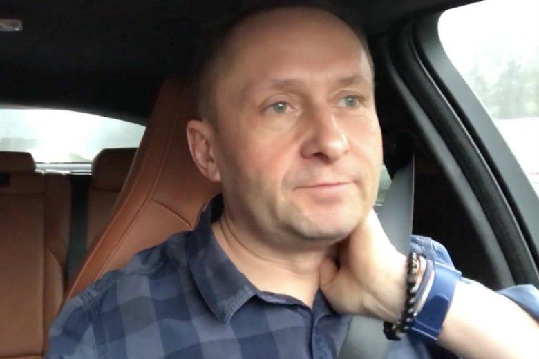 Kamil Durczok nagrał komentarz, w którym opowiedział o prawdziwym celu rekonstrukcji rządu.