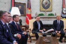 Wielu internautów zwróciło uwagę na buty ministra Błaszczaka w Białym Domu.