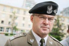 Gen. Waldemar Skrzypczak nie zostawia suchej nitki na decyzjach szefa MON Antoniego Macierewicza.