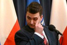 Bartłomiej Misiewicz dziś rano został zawieszony w PiS, a popołudniu okazało się, że nie pracuje już w PGZ.