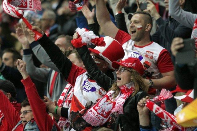 Polscy fani żużla maja powody do dumy. Ich biało-czerwona ekipa znów trzyma Puchar Świata.
