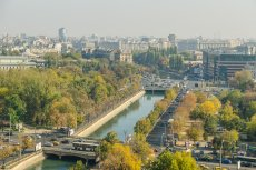 [url=http://tinyurl.com/o3eargm]Rumunia[/url] się rozwija dzięki Unii Europejskiej (na zdjęciu Bukareszt