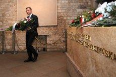 Andrzej Duda zapowiedział, że doprowadzi do zbudowania pomnika smoleńskiego przed Pałacem Prezydenckim.