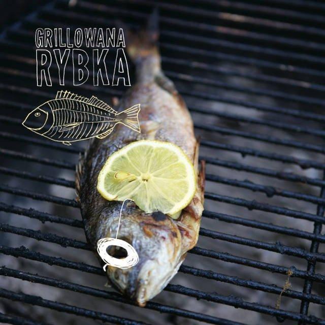 Grillowana ryba zamiast smażonych na oleju paluszków rybnych