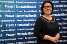 Beata Mazurek, rzeczniczka PiS, broniła Wacława Berczyńskiego i skrytykowała minister Annę Streżyńską.
