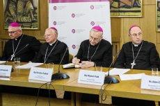 Episkopat przedstawił raport dotyczący skali pedofilii w polskim Kościele. Dane statystyczne, choć niepełne, budzą przerażenie.