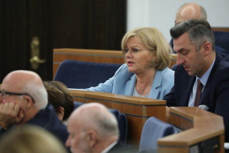 Senator Grażyna Sztark wycofała projekt o uchwaleniu dziewięciodniowego superświęta.