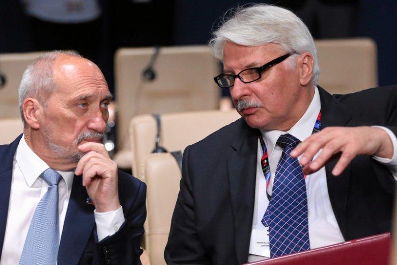 Byli ministrowie Antoni Macierewicz i Witold Waszczykowski dostali nowe zadania. Teraz obronnością i dyplomacją zajmą się w Sejmie.