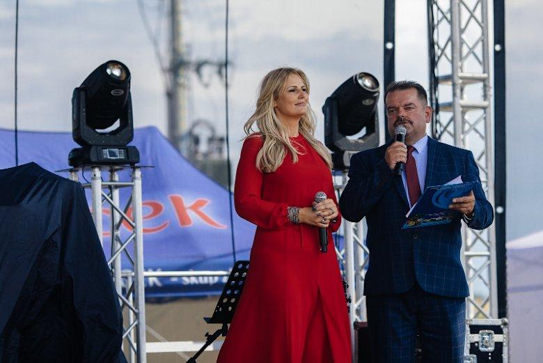 Dominika Tajner i Sławomir Izdebski.