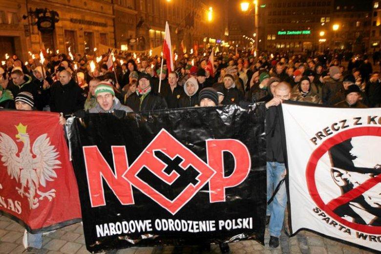 Demonstracja kibiców Śląska Wrocław i Narodowego Odrodzenia Polski w dniu Żołnierzy Wyklętych 1 marca 2011 roku.