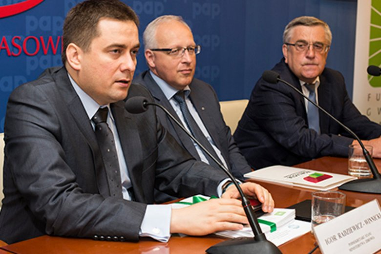 Wiceminister zdrowia Igor Radziewicz–Winnicki obiecuje, że nowoczesne leczenie chorzy otrzymają jeszcze we wrześniu