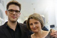 """– Nie jestem od oceniania. Jestem od pomocy – Tisa Żawrocka, prezes łódzkiego hospicjum dla dzieci """"Gajusz"""", gdzie trafiają  rodzice, którzy wiedzą, że ich dziecko umrze tuż po porodzie. Z synem – Gajuszem, któremu lekarz nie dawał szans."""