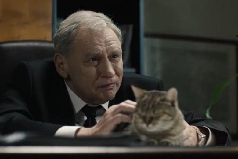 """Patryk Vega pokazał zwiastun filmu """"Polityka""""."""