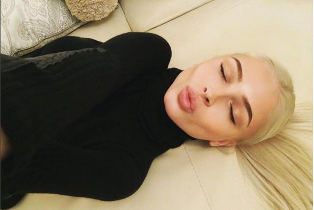 Alena Shiskova – modelka i wicemiss Rosji prawdziwa karierę zrobiła na Instagramie. Nie zawsze wyglądała tak jak teraz.