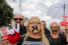 """Mieszkanki Częstochowy biorące udział w """"czarnym poniedziałku"""" mogą liczyć na wsparcie swojego prezydenta."""