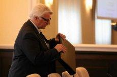 Fałszerstwa przy wyborze Tuska, marginalne wojny na Bałkanach – szef MSZ Witold Waszczykowski przestaje już śmieszyć.