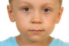 Kilkuset policjantów i strażaków szuka 5-letniego Dawida. Jego ojciec zginął pod kołami pociągu.