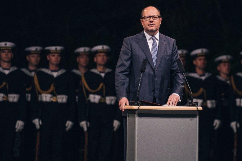 – Daliśmy się zaszantażować MON –mówi rzecznik prezydenta Gdańska, Pawła Adamowicza.