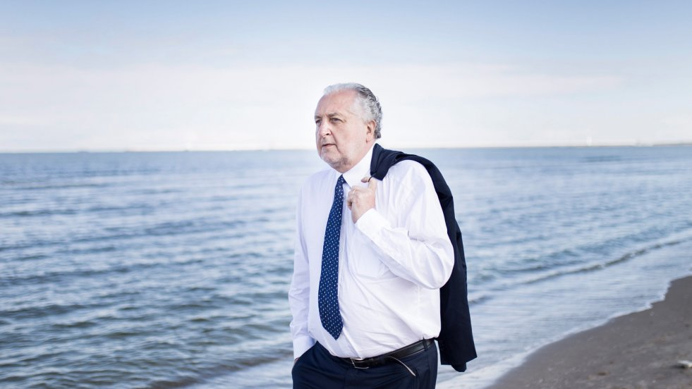 Ci, którzy niszczą Polskę, są tchórzami - mówi naTemat.pl były prezes TK prof. Andrzej Rzepliński.