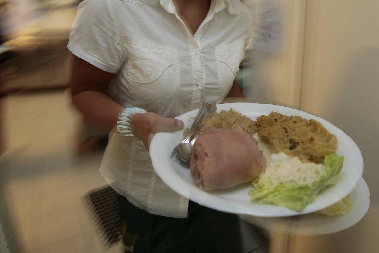 Dietetyczne szaleństwa mogą się zemścić wysokim poziomem cholesterolu.
