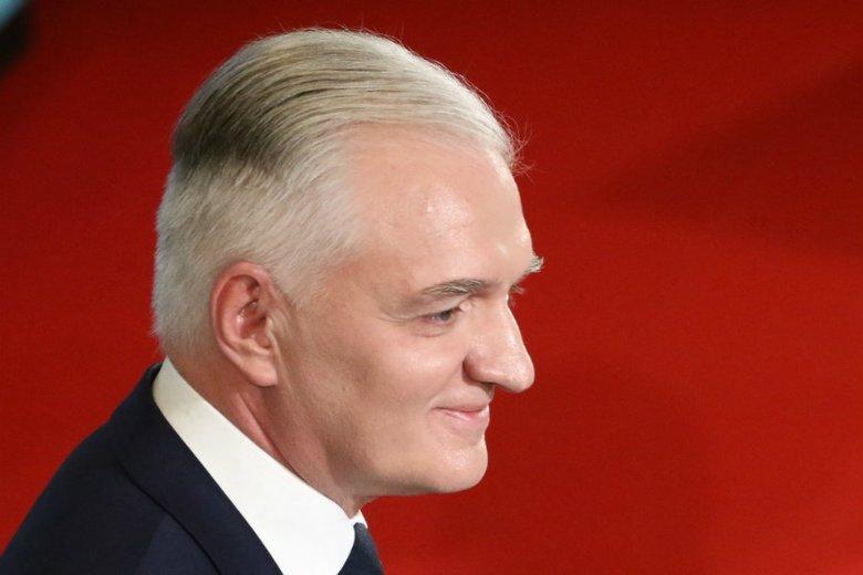 """Wicepremier Jarosław Gowin na konwencji PiS zaproponował """"głosowanie rodzinne""""."""