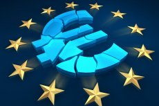 """Komisja Europejska podkreśla, że członkostwo w strefie euro jest """"nieodwołalne"""""""