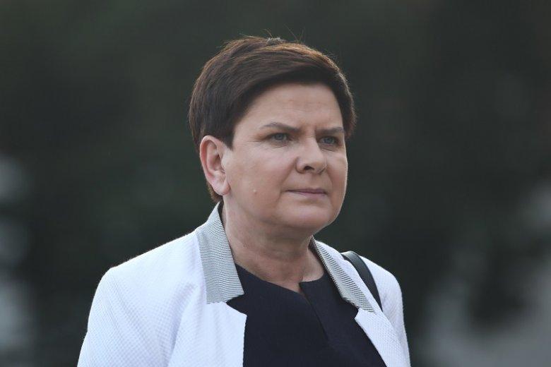 Beata Szydło utknęła w korku i nie dojechała na ogłoszenie sondażowych wyników wyborów.