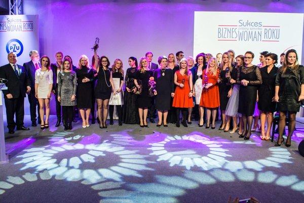 Laureatki, finalistki i Jury