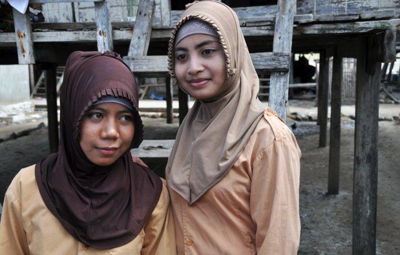 Dziewczynki muzułmańskie w wyspy Komodo