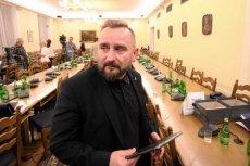 Poseł Piotr Liroy-Marzec idzie na wojnę z PiS. Chodzi o medyczną marihuanę.
