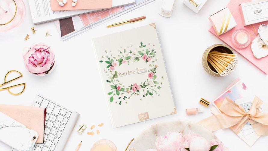 Pretty Little Planner to notatniko-kalendarz, który pozwoli precyzyjnie zorganizować ślub i wesele bez pomocy ekspertów.